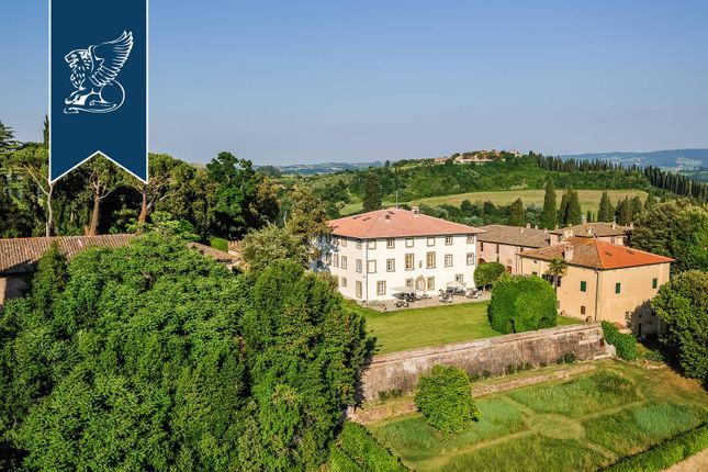 Thumbnail Farmhouse for sale in Peccioli, Pisa, Toscana