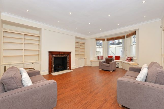 Flat for sale in Earl's Court Square, London