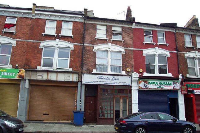 Thumbnail Retail premises for sale in Sapcote Trading Centre, High Road, London