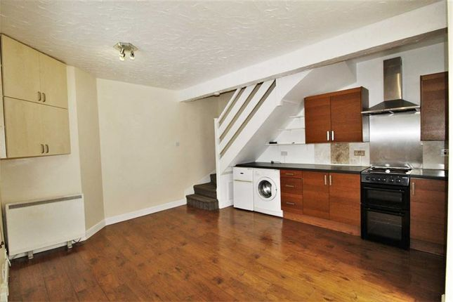 Thumbnail Terraced house to rent in Furnival Avenue, Slough
