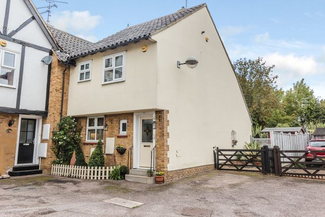 Thumbnail Link-detached house for sale in Crouch Street, Basildon