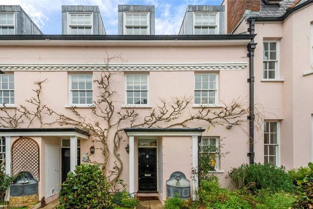 Thumbnail Terraced house for sale in Varsity Row, Mortlake, London