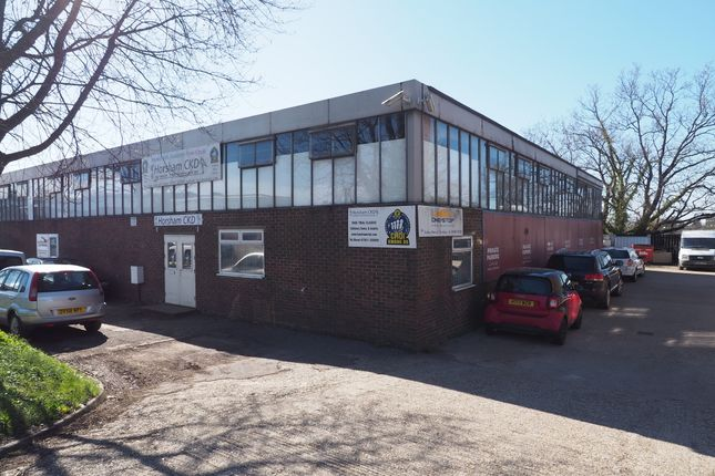 Thumbnail Leisure/hospitality to let in Foundry Lane, Horsham