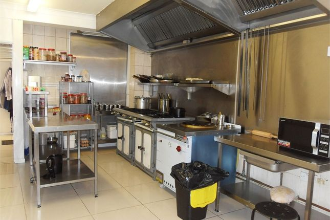 Commercial property for sale in Indian Takeaway, The Quadrant, Headstone Gardens, Harrow, Middlesex