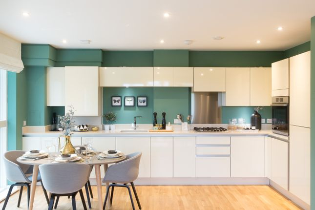 Thumbnail Flat for sale in Manor Road, Ealing