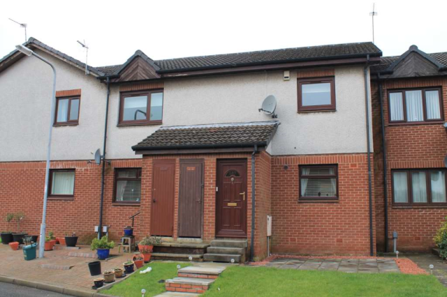 Thumbnail Flat to rent in Greenlaw Crescent, Paisley, 3Rt