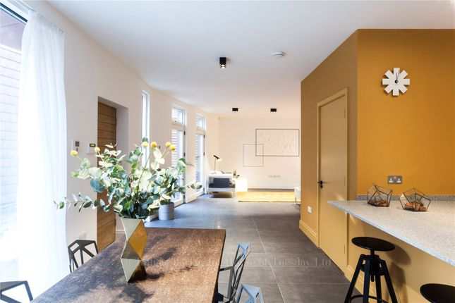 Thumbnail Semi-detached house to rent in Beadnell Road, London