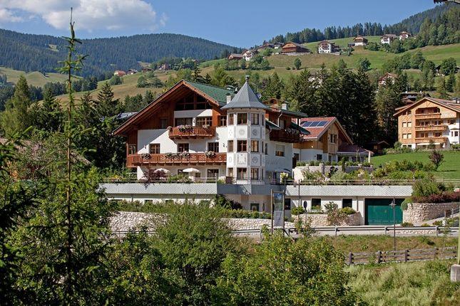 Thumbnail Villa for sale in W-02E11S, St. Vigil In Enneberg - San Vigilio di Marebbe, Südtirol, Italy