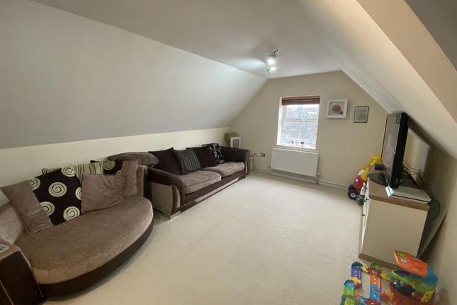 Living Room of Thatcham, West Thatcham RG18