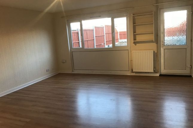Thumbnail Property to rent in Crown Street, Dawley, Telford
