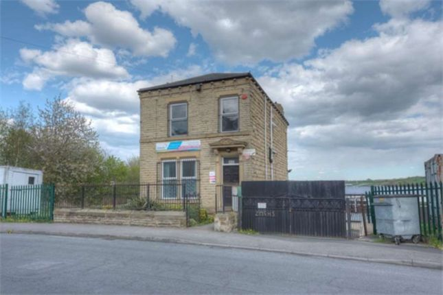 Thumbnail Detached house for sale in Warwick Road, Batley