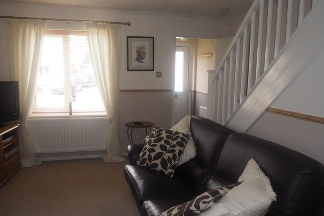 Thumbnail Semi-detached house to rent in Bridgegate Drive, Victoria Dock, Hull
