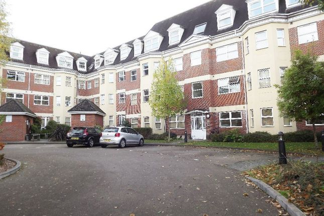 Thumbnail Flat to rent in Elmhurst Court, Heathcote Road, Camberley