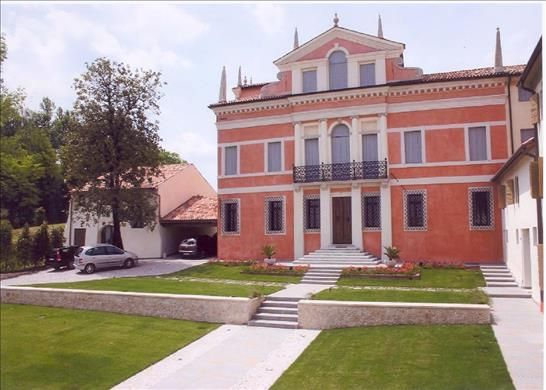 8 bed country house for sale in 31015 Conegliano, Province Of Treviso, Italy