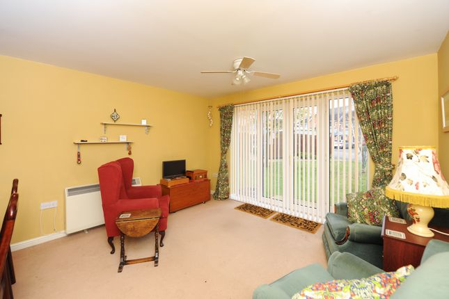 Lounge/Diner of Oliver House, Wain Avenue, Chesterfield S41