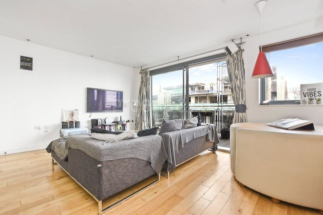 Thumbnail Property to rent in Hill House Apartments, 124 Pentonville Road, London