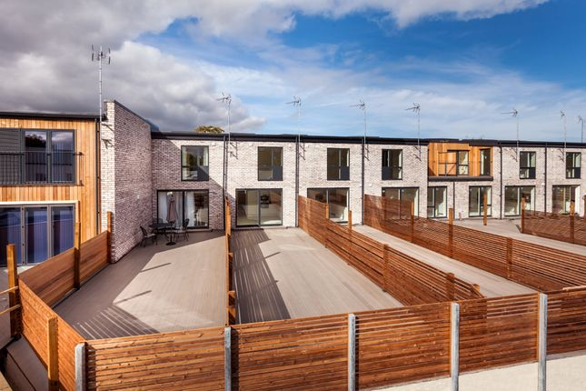 Thumbnail Town house for sale in Station Road, Great Shelford, Cambridge