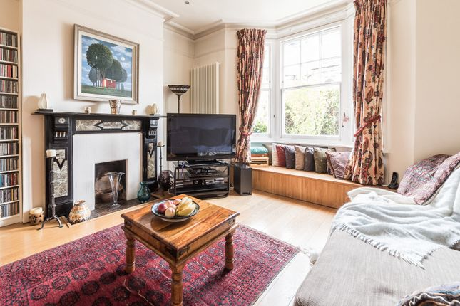 Thumbnail Town house to rent in Constantine Road, London