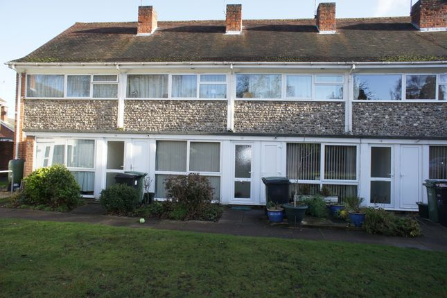 Thumbnail Terraced house to rent in Adwell Square, Henley On Thames
