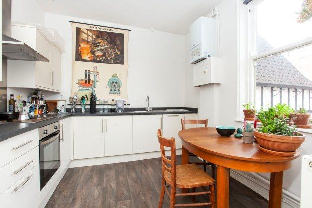 Thumbnail Town house to rent in Walmgate, York
