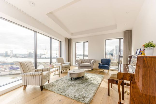 Thumbnail Flat to rent in London City Island, Canary Wharf
