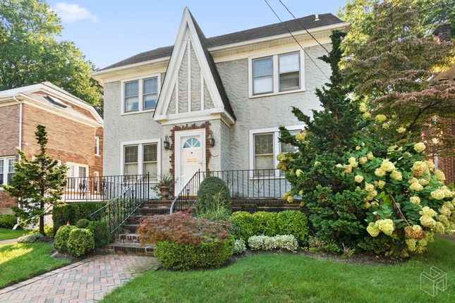 Thumbnail Town house for sale in 1063 Roselle Place, Hempstead, New York, United States Of America