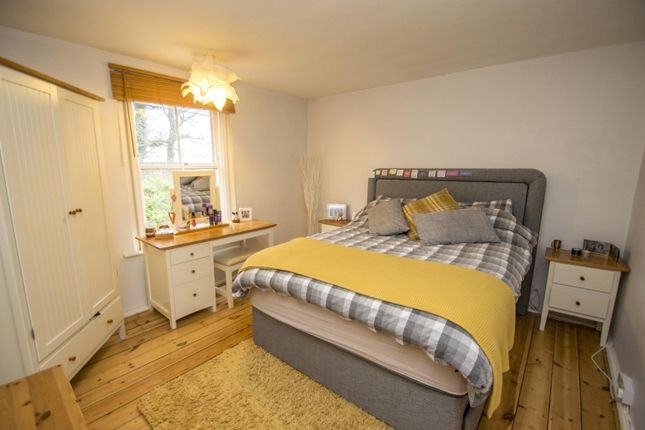 Bedroom of Whitehouse Road, Woodcote RG8