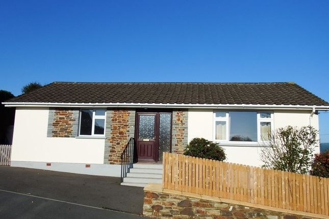 Thumbnail Bungalow to rent in Treforest Road, Wadebridge