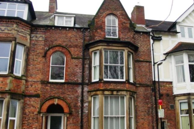 Thumbnail Flat to rent in Red Gables, Chatsworth Square, Carlisle