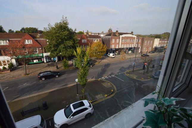 Photo 5 of 523, Uxbridge Road, Hatch End HA5