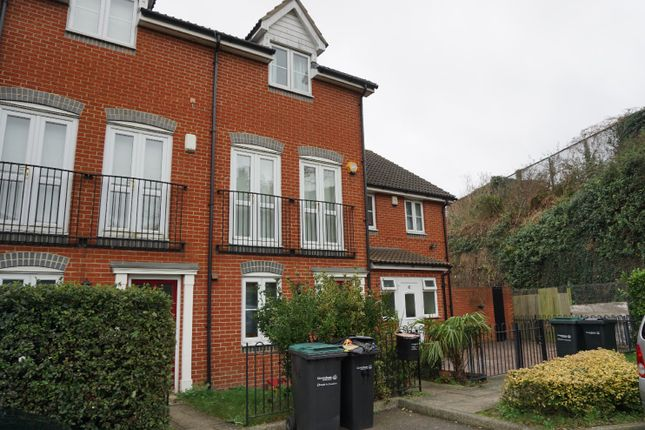 Thumbnail Town house to rent in Kendall Gardens, Gravesend