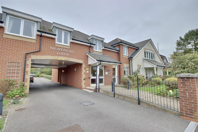 1 bed flat for sale in Padnell Road, Cowplain, Waterlooville PO8