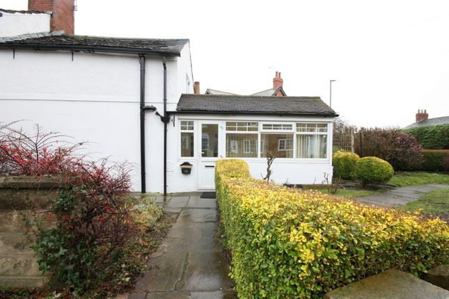 Thumbnail Cottage to rent in Willow Square, Oulton, Leeds