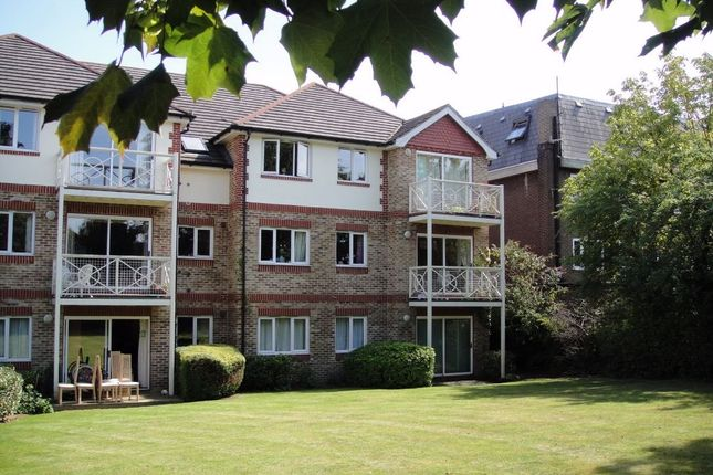Thumbnail Flat to rent in Freshford Court, Westmoreland Road, Bromley, Kent