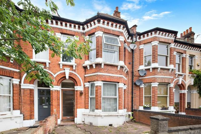 Thumbnail Property for sale in Pathfield Road, London