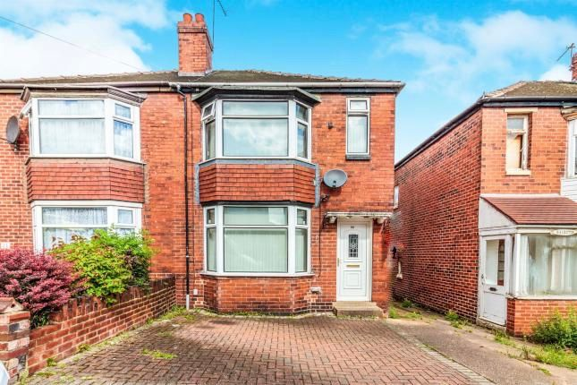 3 bed semi-detached house to rent in Ramsden Road, Rotherham