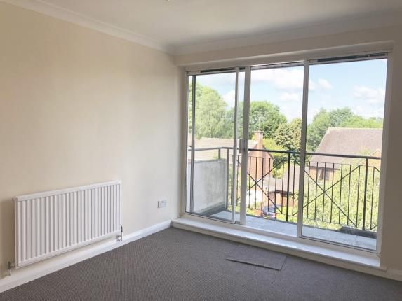 Lounge of Lizmans Court, Silkdale, Cowley, Oxford OX4