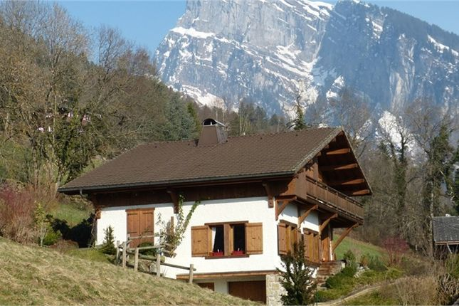 Chalet for sale in Rhône-Alpes, Haute-Savoie, Samoens