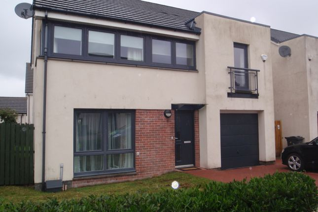 Thumbnail Detached house to rent in Crofton Drive, Braehead, Renfrew