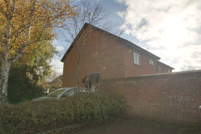 1 bed end terrace house to rent in Barnfield Way, Hurst Green, Oxted