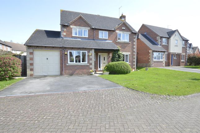 Thumbnail Detached house for sale in Rosehip Way, Bishops Cleeve