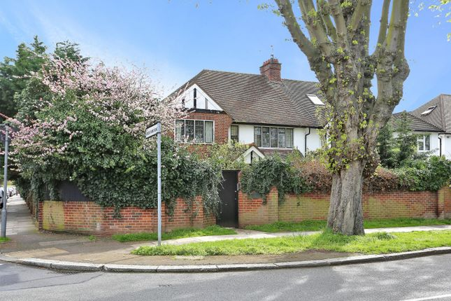 Thumbnail Property for sale in Hartington Road, Chiswick