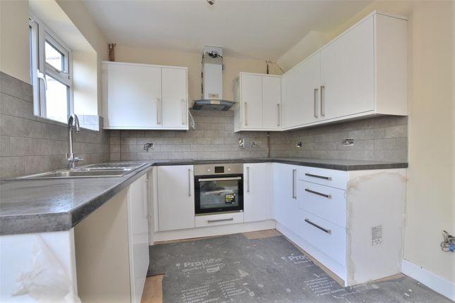 Thumbnail Property to rent in Cherwell Avenue, Kidlington, Oxon