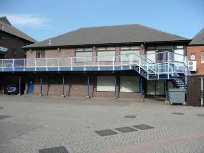 Thumbnail Office to let in Sun Pier Chambers Medway Street, Chatham, Kent