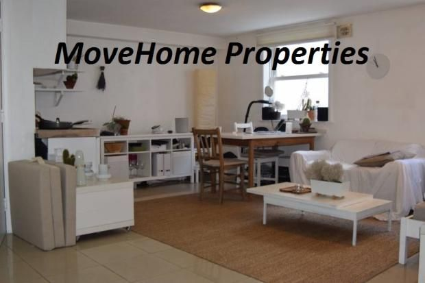 Thumbnail Studio to rent in Clarence Mews, Hackney Central