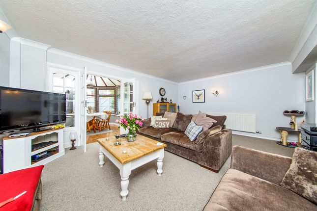 Thumbnail Terraced house for sale in Monks Walk, Buntingford