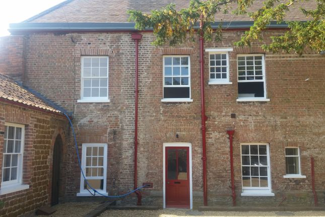 Thumbnail Town house to rent in Gayton Road, King's Lynn