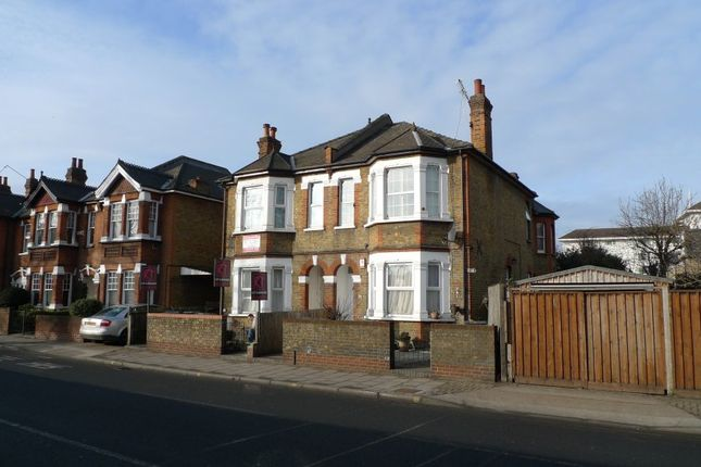 Thumbnail Flat to rent in Queen Elizabeth Road, Kingston Upon Thames