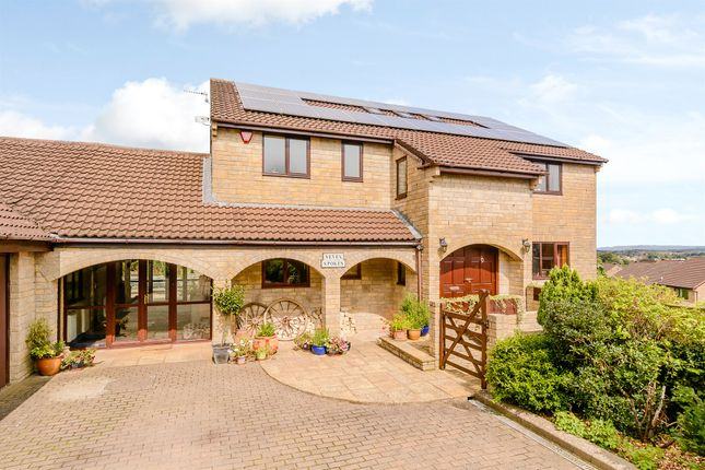 Thumbnail Detached house for sale in Vernal Lane, Frome