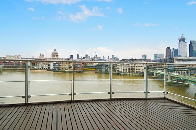 Thumbnail Flat to rent in New Globe Walk, Bankside